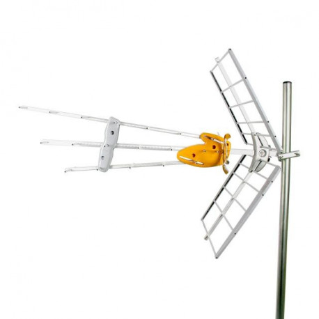 Antena DAT BOSS UHF con 45 dB de ganancia TELEVES