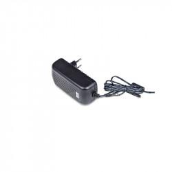 Alimentador Fijo 5VDC 3A conector 5,5x2,1mm