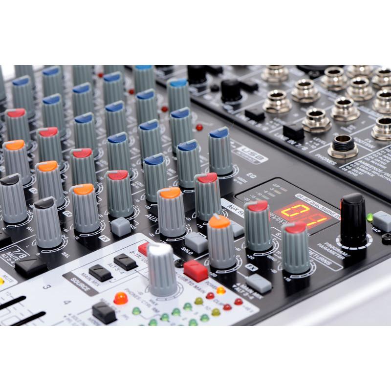 Mesa mezcla behringer xenyx mod x1204 usb ecobadajoz for Mejores mesas de mezclas